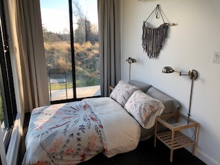 East Sweet Bed + View