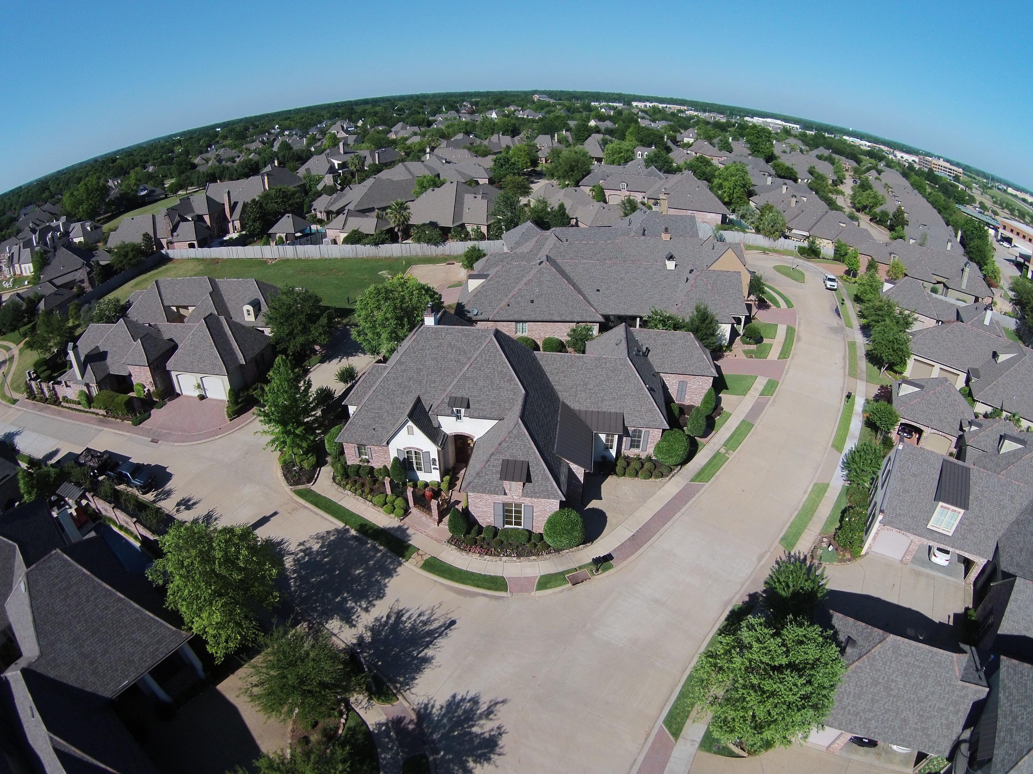 07 Oak Alley Vieux Carre Drone Overheadresize
