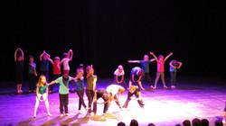 Spectacle de danses CE1 CE2 CM1 2016