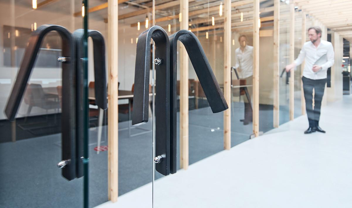 2002_DAMAST-architects_Intersell_08.jpg