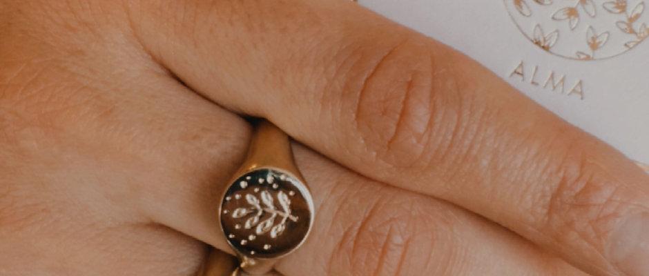 Mindful Mood Ring und Amulett Kette