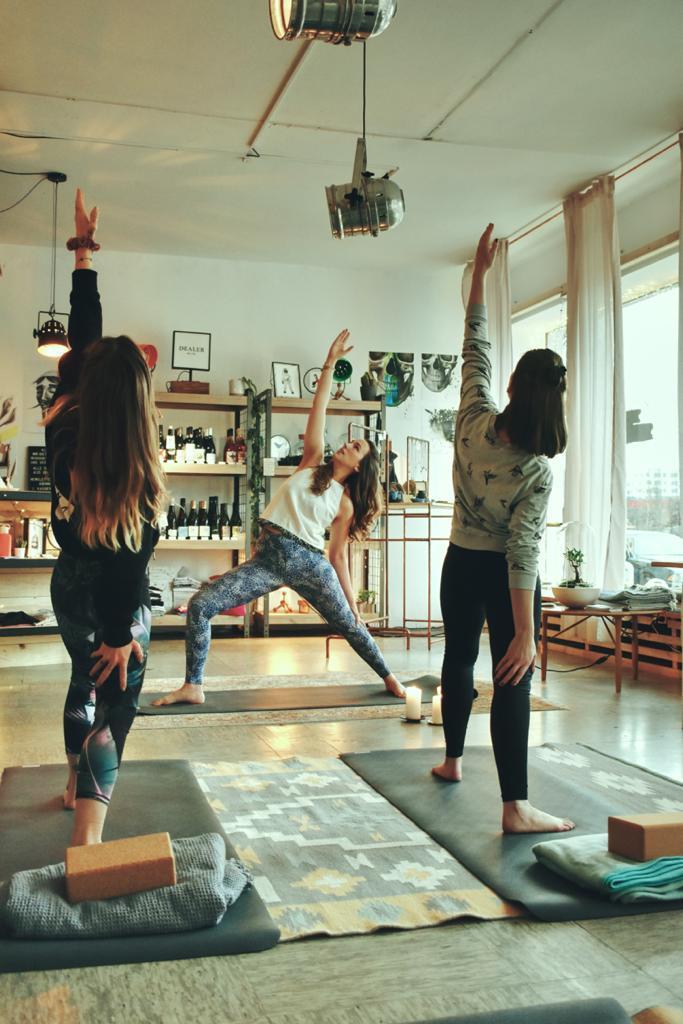 Yoga im Oständ