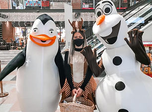 Olaf&mugs.jpg