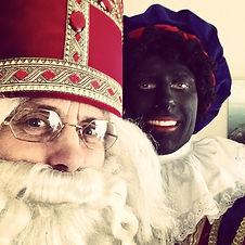 Sinterklaas en zwarte piet evenementen act en typetje straatanimatie creakleur