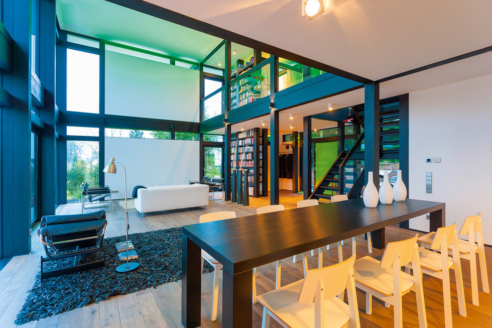 HUF_Haus_modum_Essplatz_und_Wohnbereich.