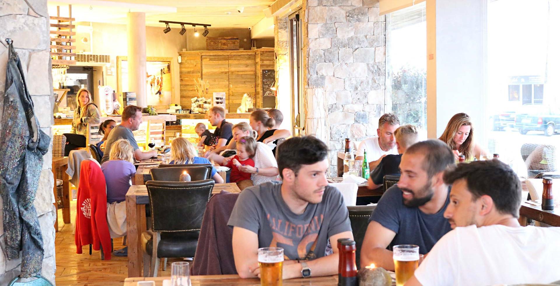 Restaurant, Bar & Cafe