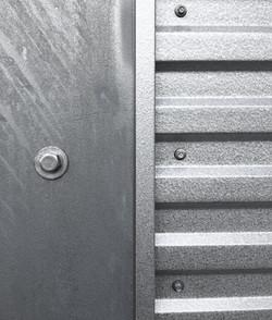metal.close.up.web-compressor