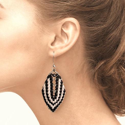 Category-Earrings-min_edited.jpg