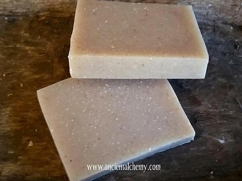Rustic Soap - Clovosier