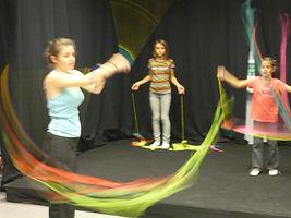 Ecole de cirque dans le nord isère, interventions cirque à l'école