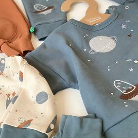 Bio Cotton Herbstkollektion für Kids mit Astro-Prints