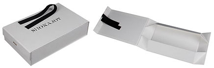 foldable rigid boxes with ribbon closure