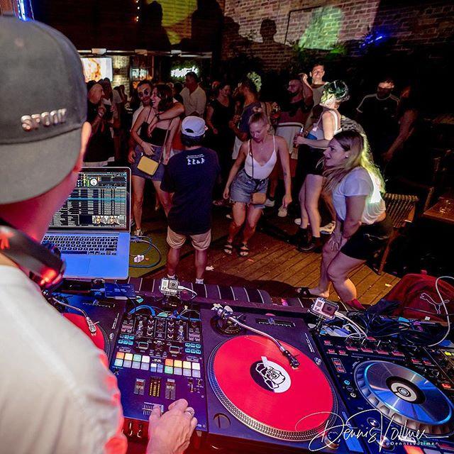 Video DJ set