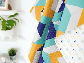 Cores vibrantes e padrões modernos nos moldes gratuitos de Wendy Chow