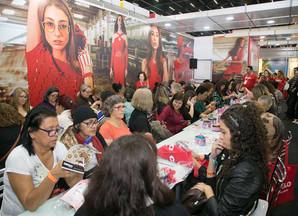 Cursos gratuitos de crochê e tricô na Mega Artesanal. Saiba mais!
