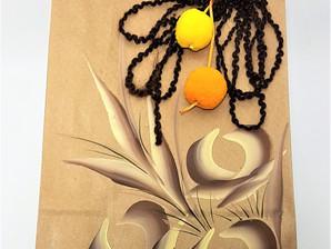 Presentes: aprenda a fazer uma decoração diferente na sacola