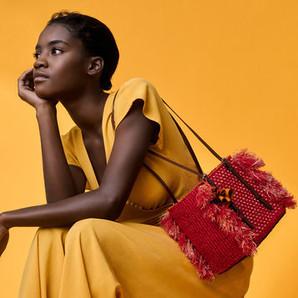 Bolsas com alma: técnicas de tecelagem de Gana