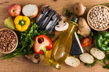 Dieta mediterrânea reduz risco de progressão do câncer de próstata em estágio inicial