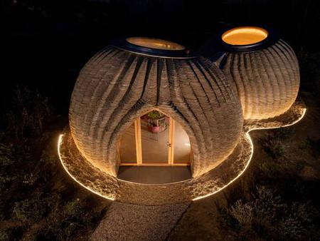 Terra crua é usada para construir casa de 60 m² em 8 dias  - Projeto de  Mario Cucinella  Architects