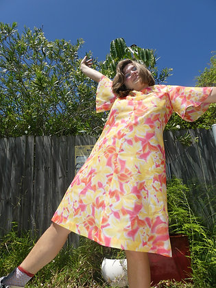 60's coral candy hawaiian dress