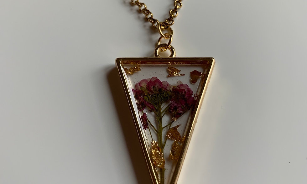 Essence Floral Gold-Flaked Necklace