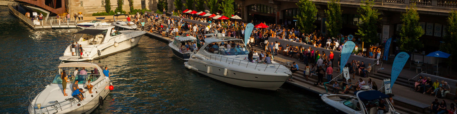 Dine on the Riverwalk