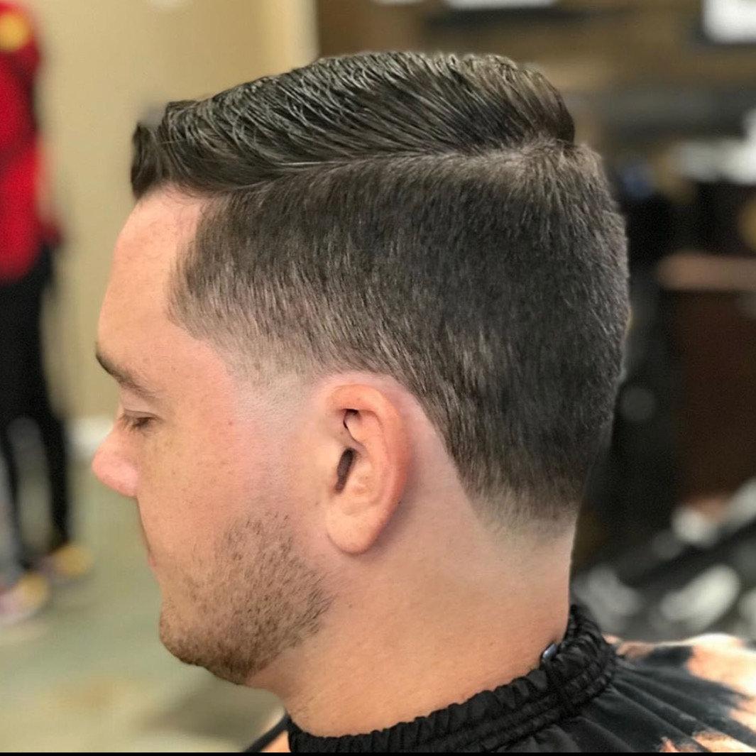 Regular Cut (BW)