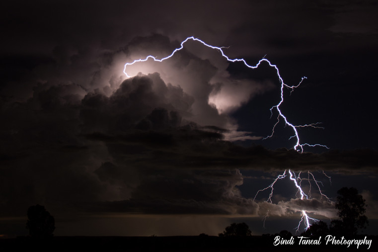 And the lightning strikes - Comet, Central Queensland