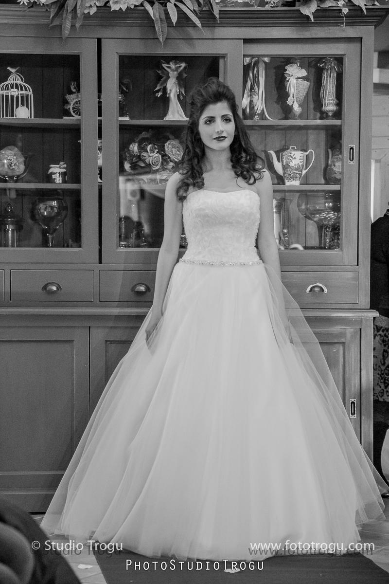 Glamorosa abiti da sposa e cerimonia