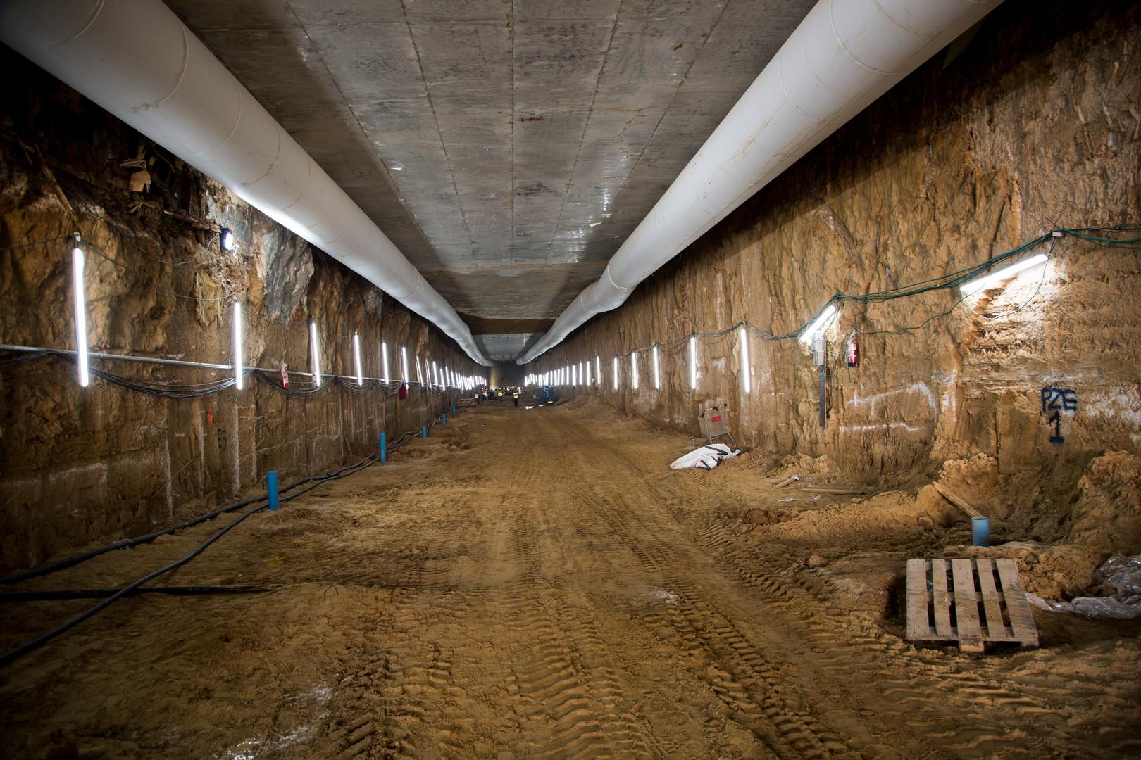 פורטל המסילה הטורקית, הקו האדום
