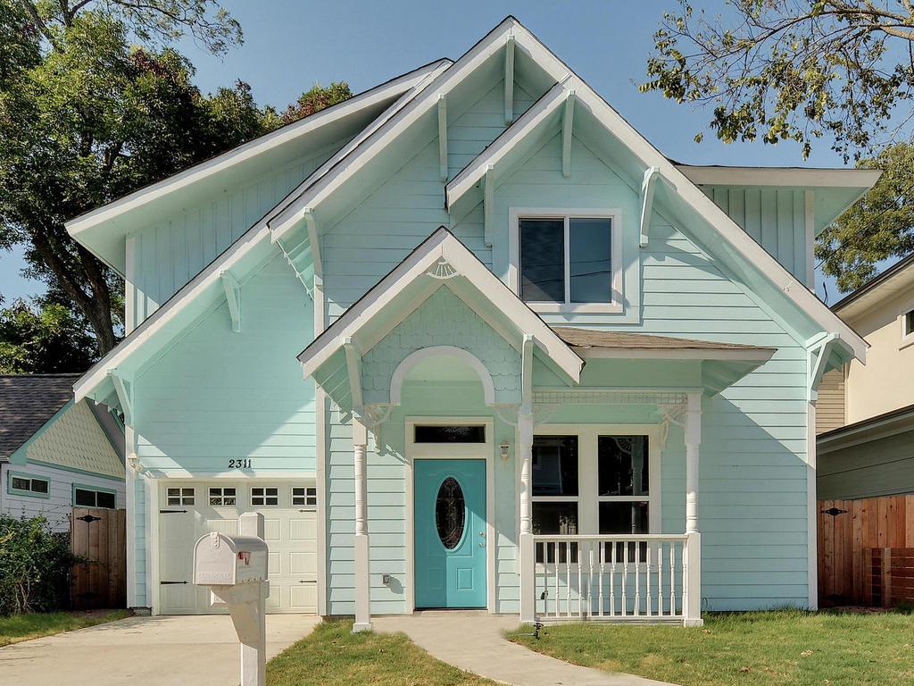 2311 Santa Rita St-MLS_Size-001-1-Exterior Front 874-1024x768-72dpi 2