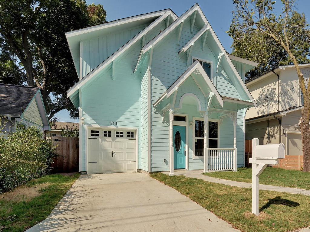 2311 Santa Rita St-MLS_Size-002-2-Exterior Front 100-1024x768-72dpi 2