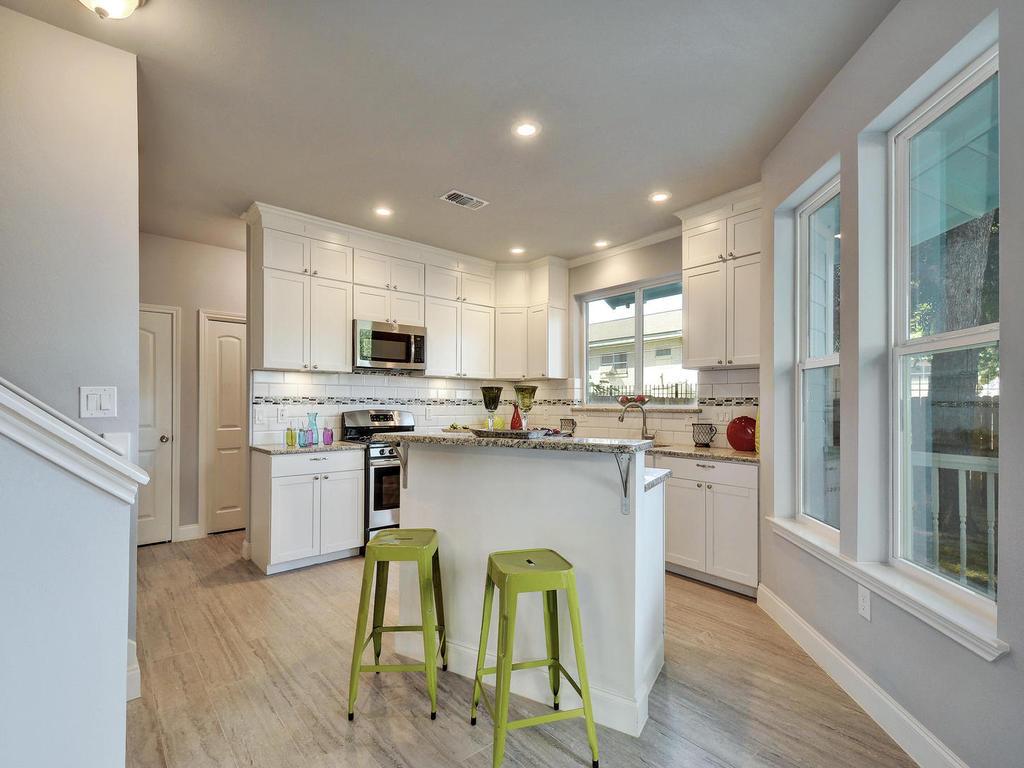 2311 Santa Rita St-MLS_Size-010-10-Kitchen 046-1024x768-72dpi 2