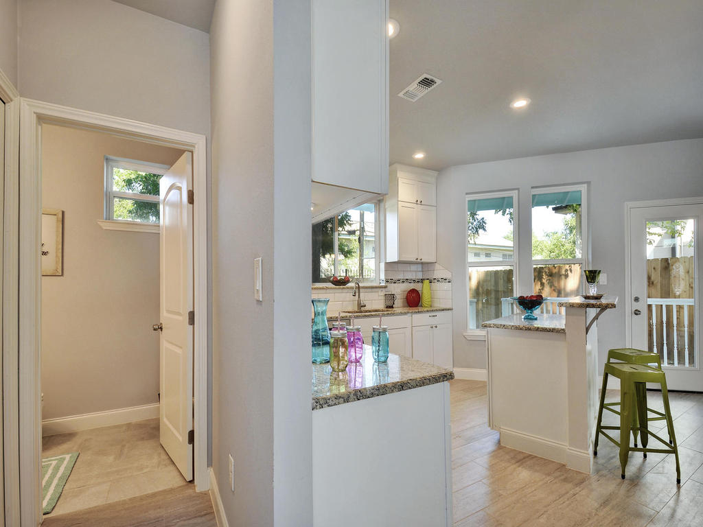 2311 Santa Rita St-MLS_Size-015-15-Kitchen 053-1024x768-72dpi 2