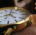 goldene Uhr
