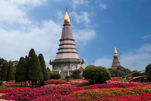 Twin Pagoda's Thailand