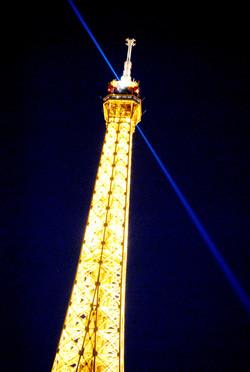 Paris (778)