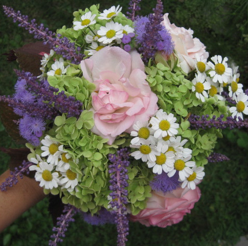 DIY fresh Bridal Bouquet for $2