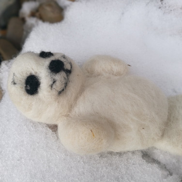 Needle felted baby seal tutorial