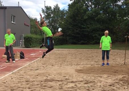 Joshua Ingenwerth mit zwei Siegen beim Talentteam-Wettkampf des LVN  Region Nord