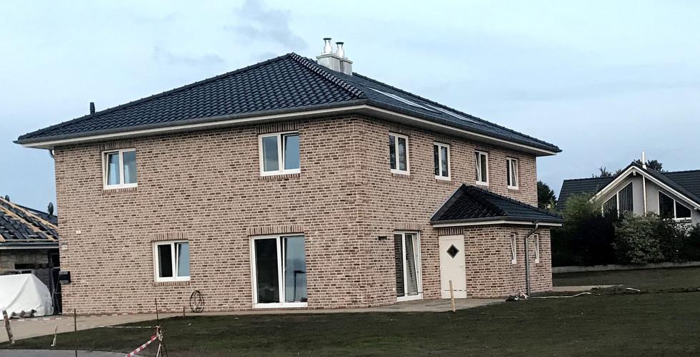 Außenansicht Doppelhaus Baufirma DEWO Bau GmbH