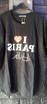 T-shirt vêtement