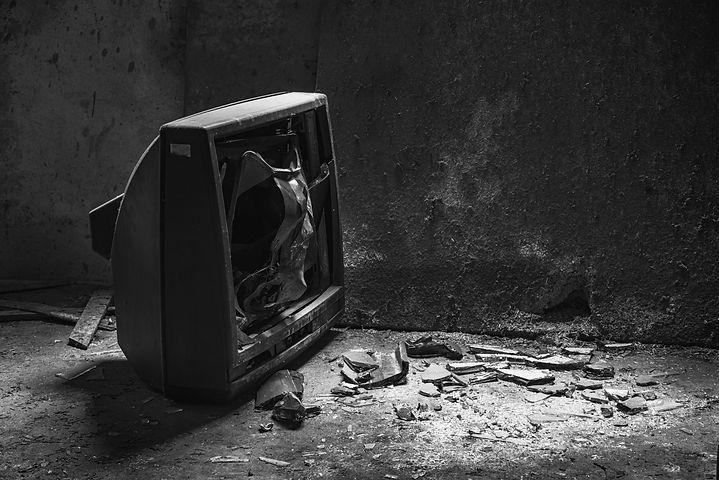 Broken tv.jpg