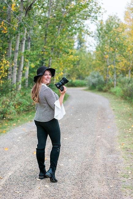 Neu Image YYC photographer.jpeg