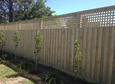 Building fences on the Mornington Peninsula