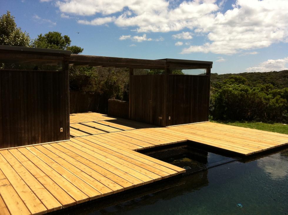 pool deck Mornington Peninsula Fences Brush fenceI