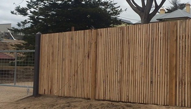 Featue fence Rye