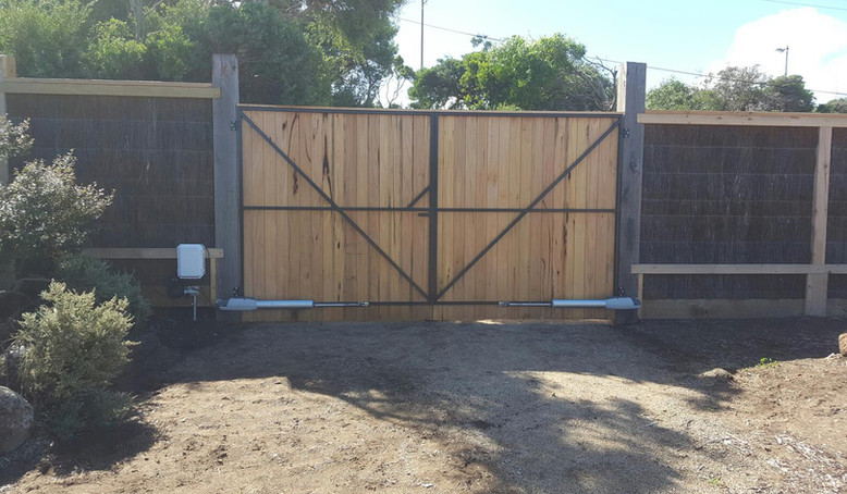 automated gate Mornington Peninsula Fences