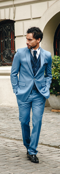Tuxedo Celeste Chaleco Azul