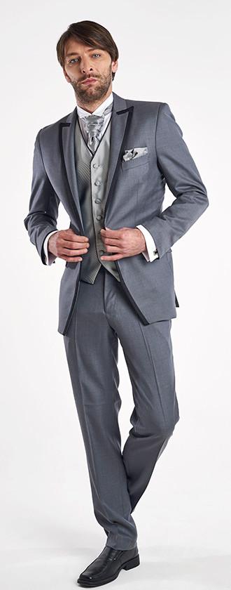 Tuxedo Gris Con Vivo Chaleco